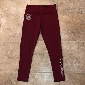 SOULCYCLE maroon 3/4 length leggings